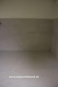 Kreidefarben auf Boden und Wand