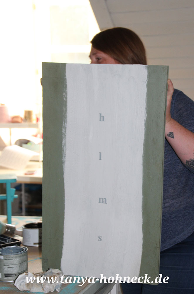 Bilder-malen-mit-Kreidefarben-Autentico-Chalk-Paints-Workshop-Kurs-dried-moss-roman-white