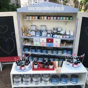 Mein kleiner Kaufladen bestückt mit Kreidefarbe, Pinsel, Wachs und allerhand mehr von Autentico chalk paint