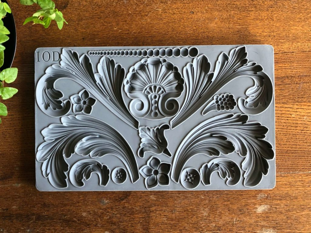 IOD Acanthus Scroll Anleitung mould Kreidefarbe Iron Orchid Design DIY Autentico